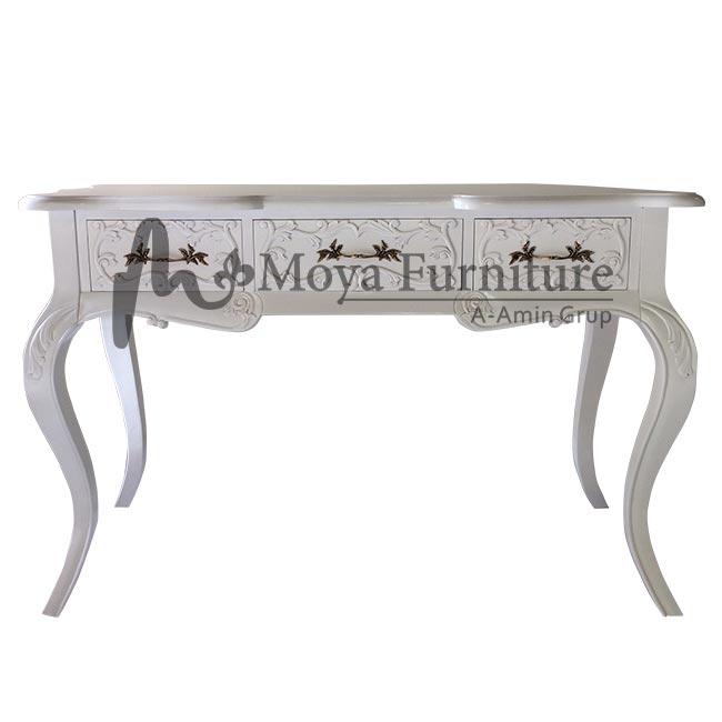 Classic writing desk furniture