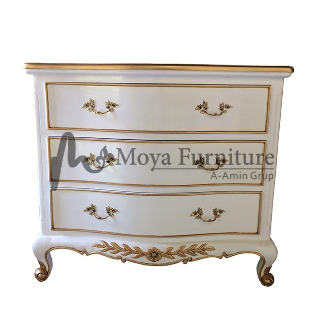 Mahogany antique chest of drawers
